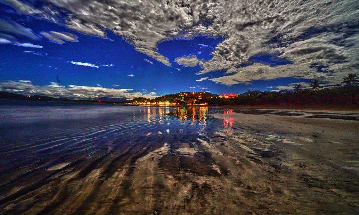 Tamarindo  Beach At Night